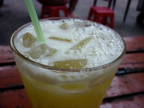 Sugarcane juice in Viet Nam