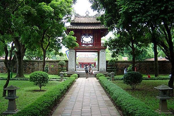 Van Mieu (Temple of Literature)