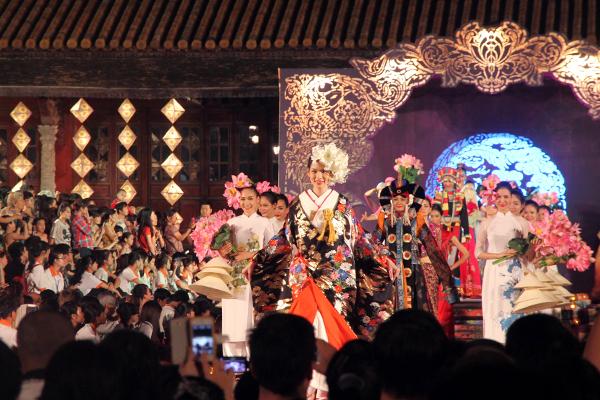 Festival Hue 2014