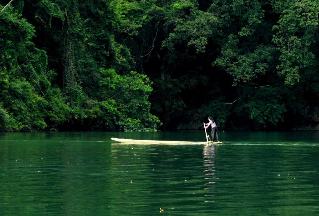 Ba Be Lake – the largest lake in Vietnam
