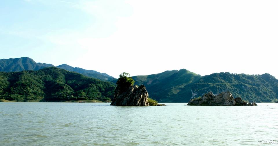 Visiting picturesque Thung Nai