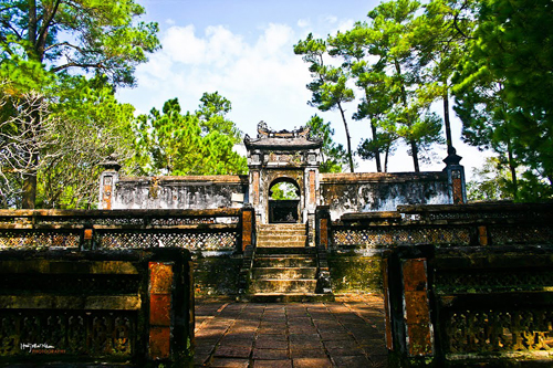 A tour to visit Hue in one day